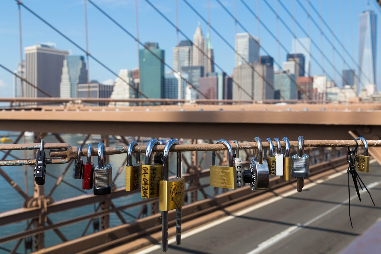padlocks on Brooklyn Bridge